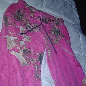 Mossy Oak Pink and Camo Sweats